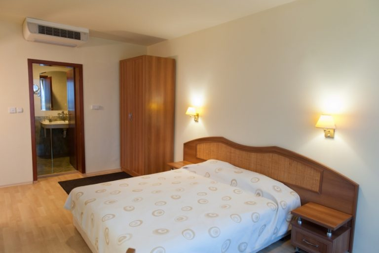 Astraea_hotel_double_room3