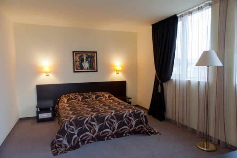 Astraea_hotel_suite