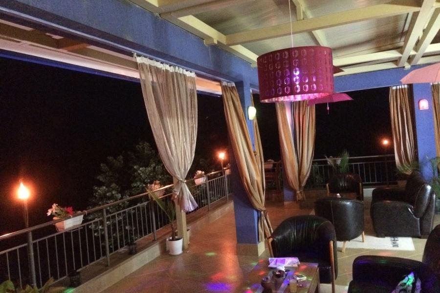 Panoramic Bar